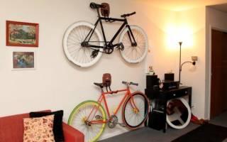 Как повесить велосипед в гараже