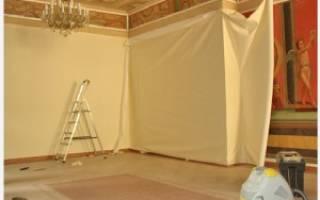 Как обклеить стены тканью