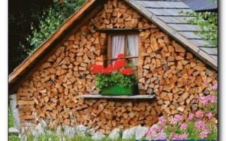 Как сделать дровяник на даче своими руками