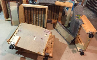 Как разобрать кресло от мягкой мебели